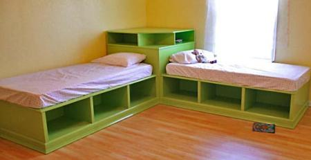 DIY-Corner-Twin-Beds05.jpg