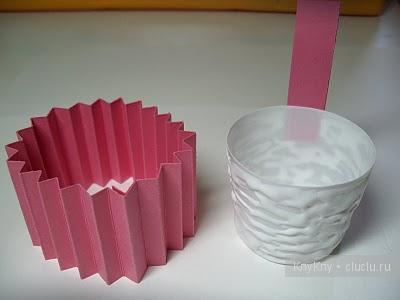 DIY-Cute-paper-cupcake-Ornament06.jpg