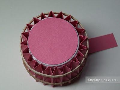 DIY-Cute-paper-cupcake-Ornament09.jpg