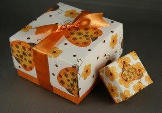 DIY-Paper-origami-gift-box01.jpg