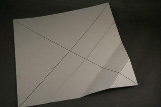 DIY-Paper-origami-gift-box05.jpg