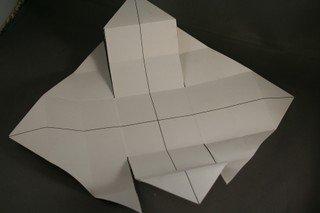 DIY-Paper-origami-gift-box07.jpg