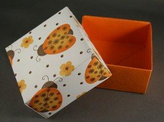 DIY-Paper-origami-gift-box13.jpg