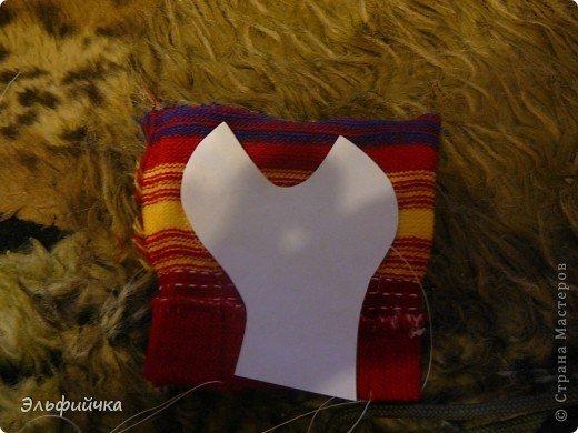 DIY-Sock-Crab-Pillow07.jpg