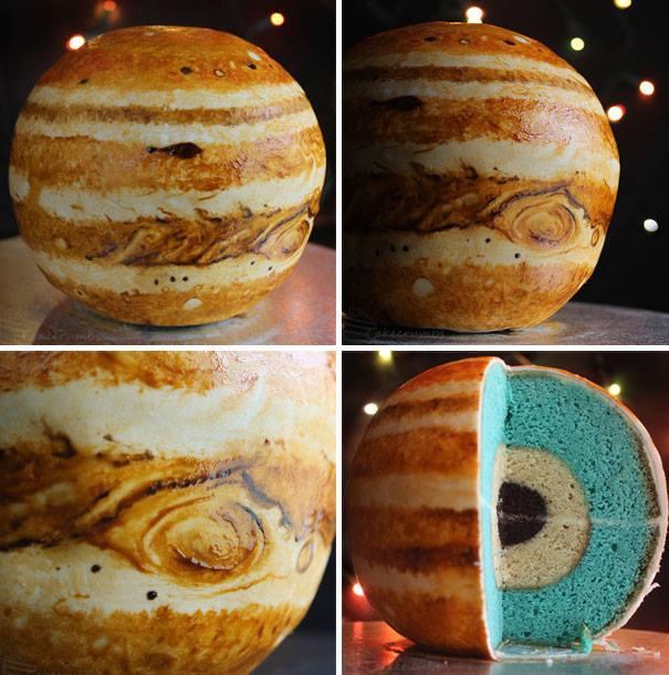 Making A Planet Cake