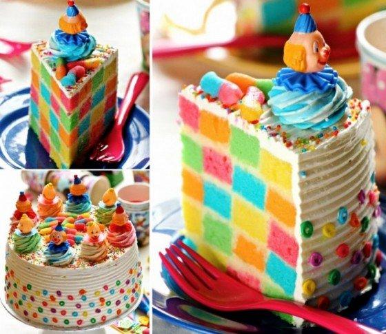 fabartDIY Checkerboard Clown Cake