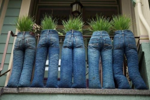DIY Fun Recycled Jean Planter Tutorials & Inspirations