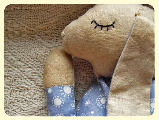 bunny-pillow11.jpg