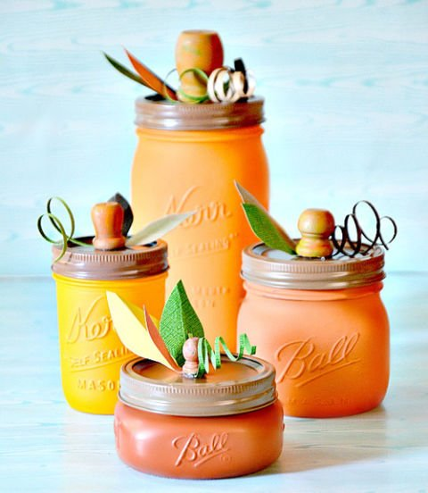22 Wicked Ways To Use Mason Jars This Halloween