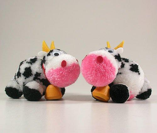 Fab Design on Yarn Pom Pom Animal Figures - Pom Pom Cowl