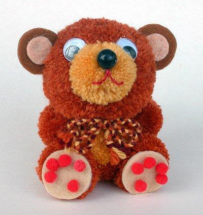 Fab Design on Yarn Pom Pom Animal Figures - Pom Pom Bear