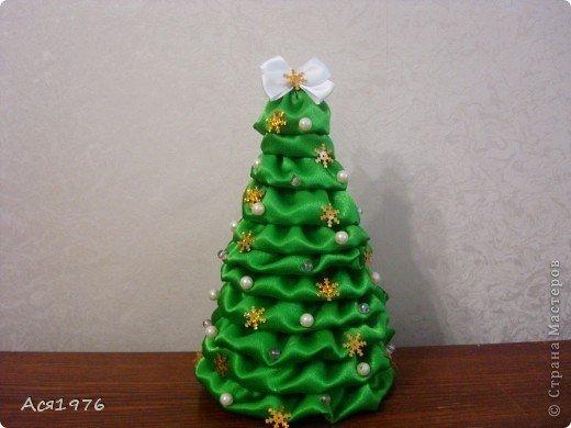 Satin-Fabric-Christmas-Tree1.jpg