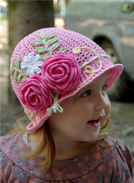 crochet-girls-vintage-hat-with-rose0.jpg