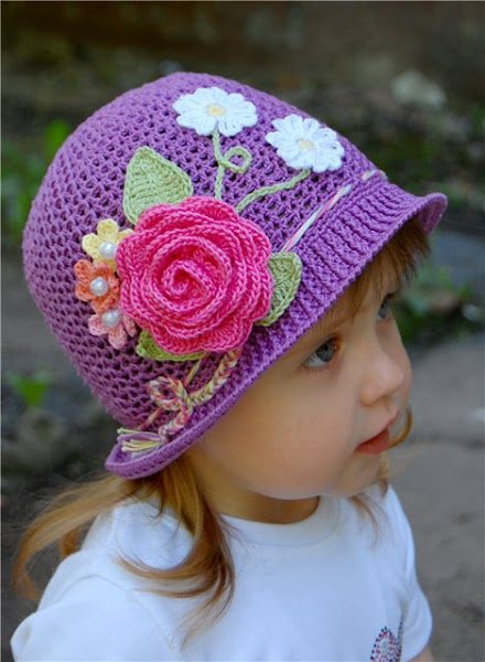 crochet-girls-vintage-hat-with-rose1.jpg