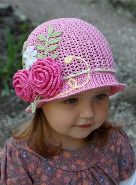 crochet-girls-vintage-hat-with-rose3.jpg