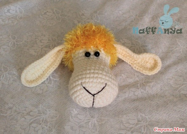 crochet-lamb-pillow10.jpg
