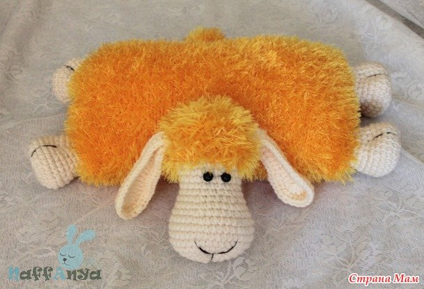 crochet-lamb-pillow11.jpg