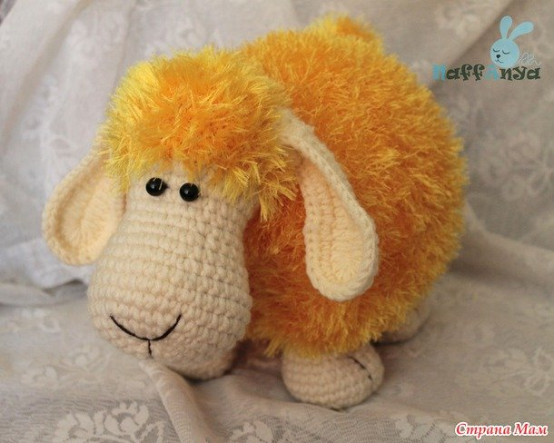 crochet-lamb-pillow12.jpg