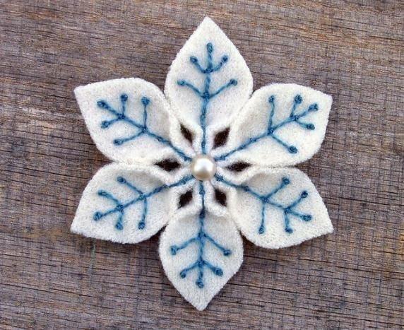 felt-snowflake2.jpg