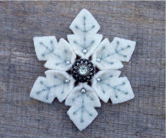 felt-snowflake7.jpg