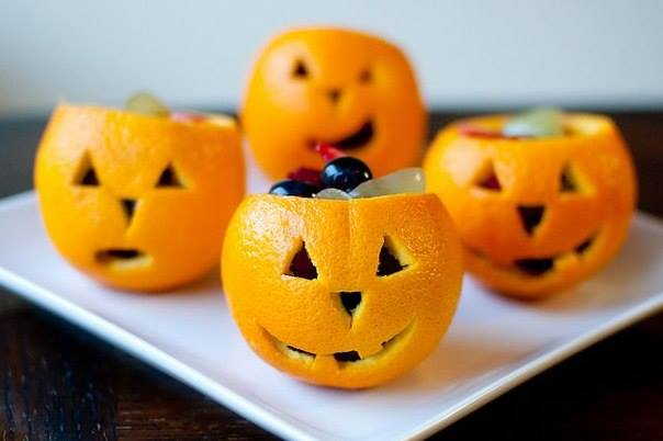 how-to-DIY-Orange-Jack-O-Lattern-Fruit-Cup-tutorial2.jpg
