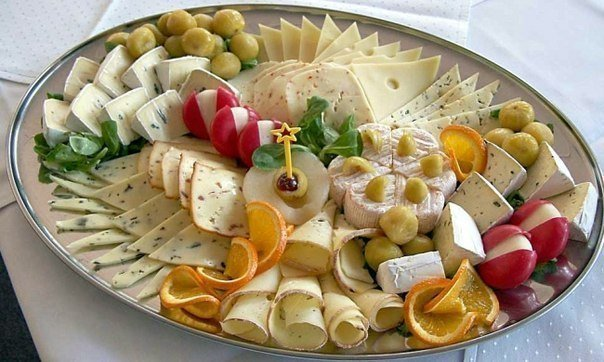 DIY-Festive-Fruit-Platter-for-Christmas-and-Holiday8.jpg