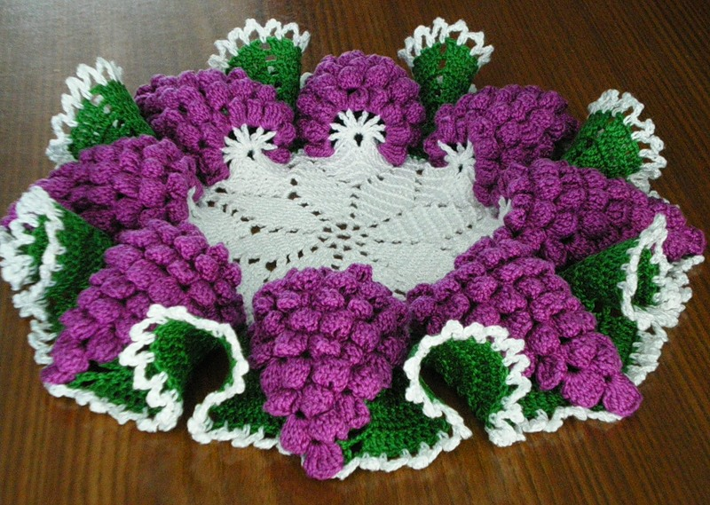 Crochet Patterns In Pinterest : How to DIY Crochet Grape Coaster with Free Pattern - Fab Art DIY