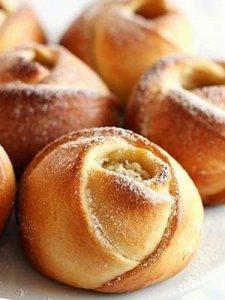 How-to-DIY-Rose-Bud-Bread1.jpg