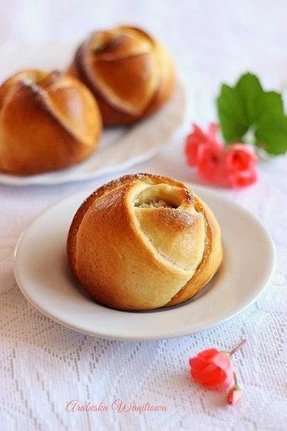 How-to-DIY-Rose-Bud-Bread8.jpg