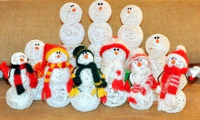 DIY String Snowball Snowman