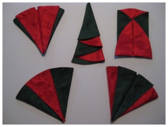 20 Best DIY Napkin Folding Tutorials for Christmas - Layered Christmas Tree Napkin folding