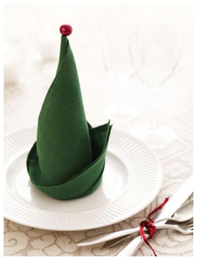 20 Best DIY Napkin Folding Tutorials for Christmas - Elf Hat Napkin folding DIY Tutorial