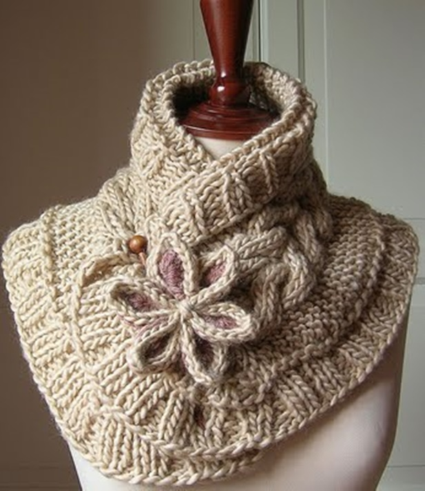 DIY Pretty Cable Knitted Scarfette - Knit Moon Flower Scarf Free Pattern