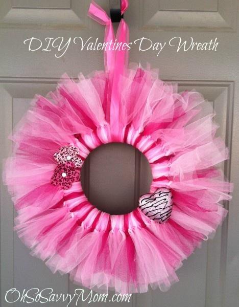 Fabulous Valentine S Day Wreaths Diy Tutorials