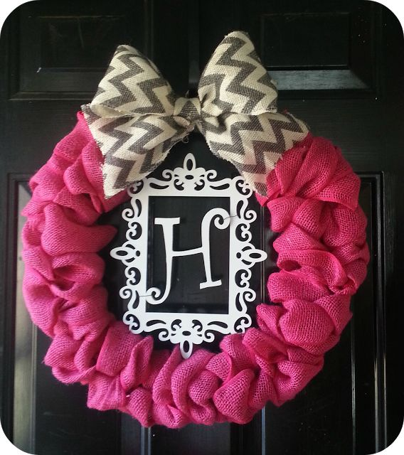 Fabulous Valentine S Day Wreaths Diy Tutorials