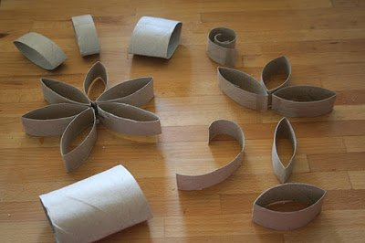 DIY Pretty Paper Roll Tea Candle Holder1
