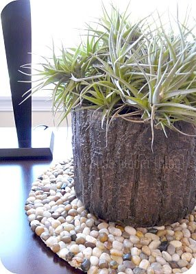 20+ Fabulous DIY Garden Decorating Ideas with Pebbles and Stones22