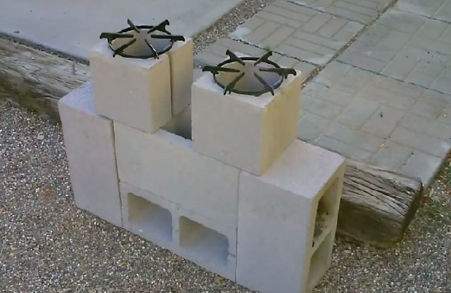 DIY Concrete Block Dual Burner Rocket Stove7