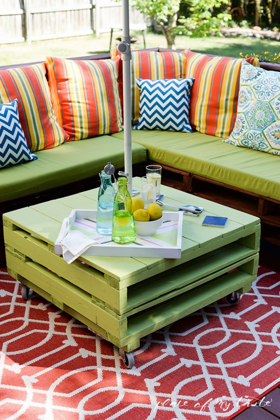 20 Fabulous DIY Outdoor Pallet Furniture Ideas And Tutorials