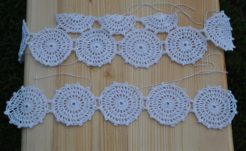 Fab Art DIY Crochet Lace Short Free Pattern - circle