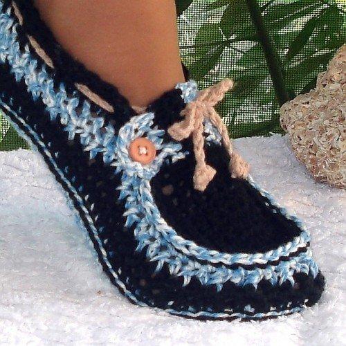 Free Crochet Slipper Boots Patterns For Adults : DIY Crochet Adult Button Loafer Pattern www.FabArtDIY.com