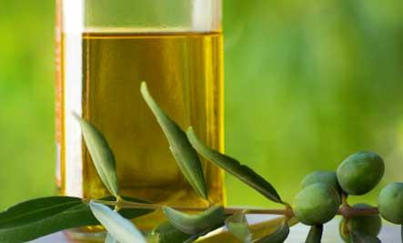 FabArtDIY Simple Home Remedies For Dandruff3