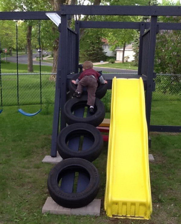 Swing Set Tire Ladder--20+ DIY Ways to Repurpose Old Tires for Home and Garden