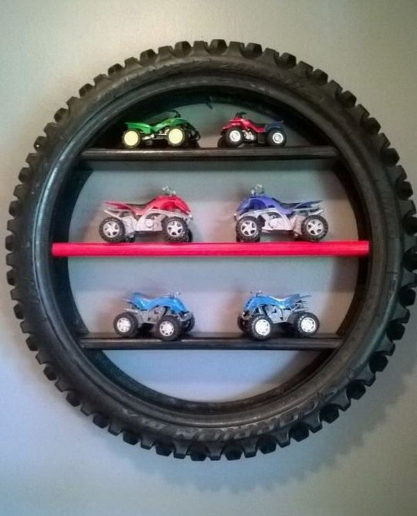 Tire Display Shelf--20+ DIY Ways to Repurpose Old Tires for Home and Garden