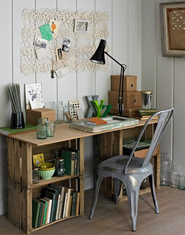 FabArtDIY Wood Wine Crate Ideas and Projects - Wood Crate Desk