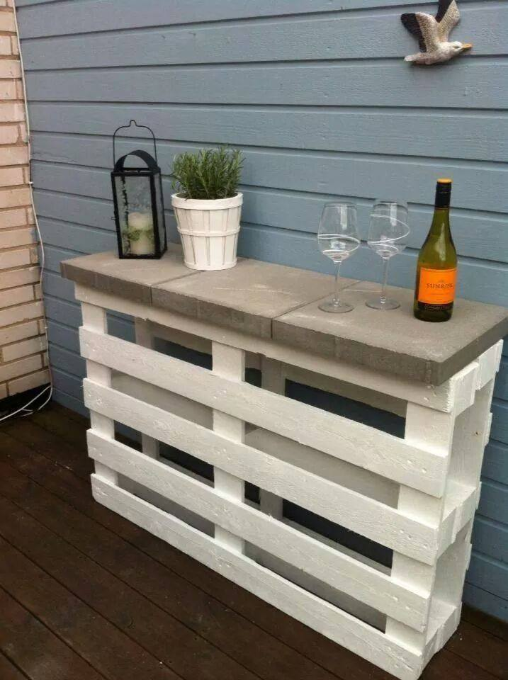 Tutorial: 2 pallets + 3 pavers + white paint = a great outdoor shelf ...