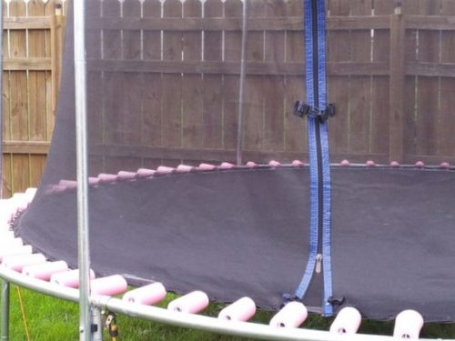DIY Pool Noodle Trampoline Springs Tutorial