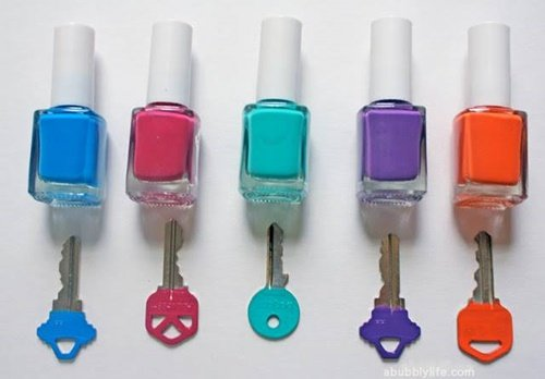 20+ Fab Art DIY Ideas and Projects With Nail Polish4