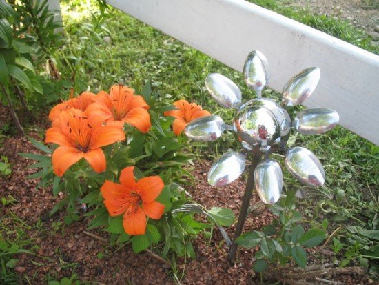 DIY Silver Spoon Flower Art for Home and Garden