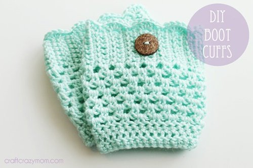 DIY Crochet Boot Cuffs Free Crochet Patterns -Lace Boot CuffsFree Crochet Pattern